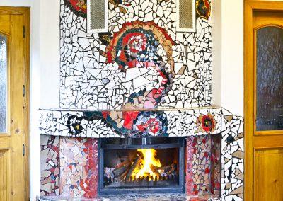Mozaika dekorativní výzdoba krbu