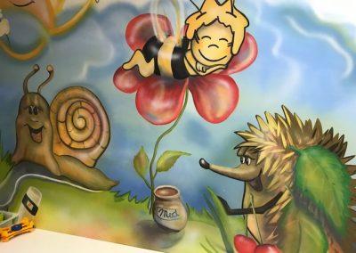 včelka Mája dekorační malba