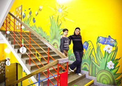 Výzdoba schodiště a chodby ZŠ