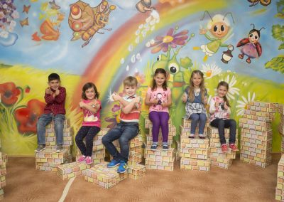 foto školka malba na stěnu